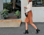 [W] MAKMAKS Corduroy lap skirt