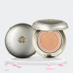 The history of Whoo Gongjinhyang:Seol Whitening & Mositure Glow Cushion SPF50+ PA+++ 15g*2