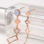[W] 10x10 Cube Round Uncut Aqua Earrings 1set