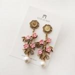 [W] MURMURER Spring Earrings 1set