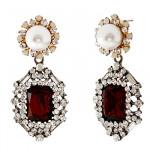 [W] STRAWBERRY Ruby Pearl Black Earring 1set