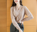 [W] ATTRANGS 7 Color Blouse With Stylish V-neck Pin-down Design Blouse