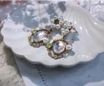 [R] THEFLOWERSEASON Queens Earrings 1ea