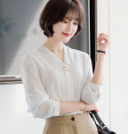 [R] ATTRANGS bs2782 Gold Color Metal Point V Neck Blouse Ivory 1ea