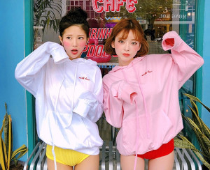 [W] CHUU Strawberry Milk Lovely Strawberry Hood 1ea
